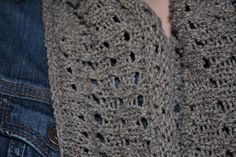 This easy circular cowl is worked in an eyelet pattern to make it a great accessory for spring and summer.