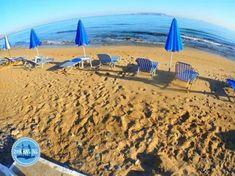 Zon zee strand Griekse eilanden vakanties 2022 Crete Island, Greece Islands, Island Beach, Mykonos Greece, Athens Greece, Santorini, Crete Holiday, Beach Holiday, Holiday News