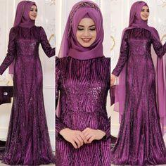 En Şık Pınar Şems Tesettür Abiye Elbise Modelleri | Tesettür Elbiseleri Denim Fashion, Hijab Fashion, Fashion Dresses, Womens Fashion, Casual Hijab Outfit, Hijab Dress, The Dress, Pakistani, Muslim