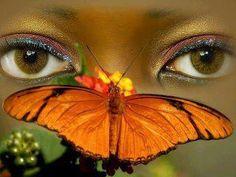 Love is a peaceful feeling,   like a flower hugging a butterfly...  ~Jarod Kintz