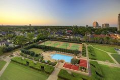 Magnificent grounds/greenspace.  Unparalleled in Houston. Tennis Courts, Pool, Pet area, BBQ area, exquisitely maintained landscaping!