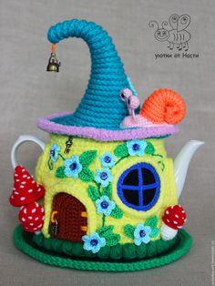 """Купить Грелка на чайник """"Солнечный домик"""" . С чайником - грелка на чайник, грелка для чайника"""
