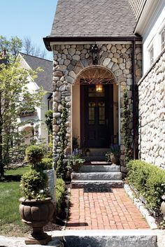 Adore this entryway.  So unique and beautiful!