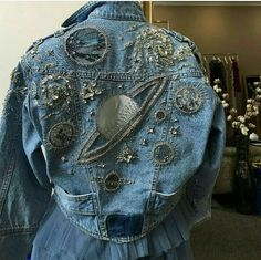 Picture discovered by Stefany Kenups.) Your own bi … - DIY Clothes Sweater Ideen Kleidung Design, Diy Kleidung, Denim Fashion, Fashion Outfits, Womens Fashion, Fashion Beauty, Fashion Quiz, Fashion Mask, 90s Fashion