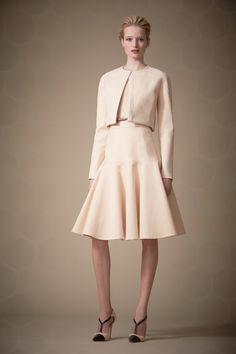 Carolina Herrera Pre-Fall 2014 - Review - Fashion Week - Runway, Fashion Shows and Collections - Vogue#/collection/runway/pre-fall-2014/carolina-herrera/3