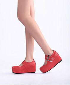 Oh I'm loving flatforms! I can wear these but perhaps not in red!! Red Concealed Chunky Flatform Shoes
