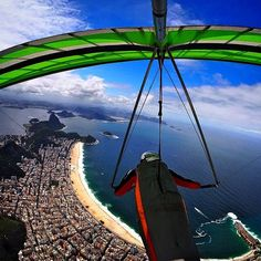 @nadercouri Sobre o Arpoador, indo em direção a Copacabana @adorofarm  | #riodejaneiro #brasil #brazil