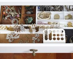 Standard options for accessory organizers tend to be tacky so I like to hide everything in drawers. Here Ive used a simple modern desk accessory to hang all of my hoops and dangling earrings. Its a great way to display and store them. - March 16 2019 at Organisation Hacks, Bedroom Organization Diy, Household Organization, Jewelry Organization, Organizing Drawers, Attic Bedroom Small, Ikea Bedroom, Modern Desk Accessories, I Heart Organizing