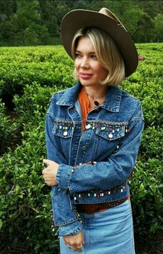 Cowboy Hats, Denim, Jackets, Instagram, Fashion, Down Jackets, Moda, La Mode, Jacket