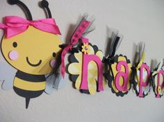 would love to make this intricate design to display a baby name! so cute!