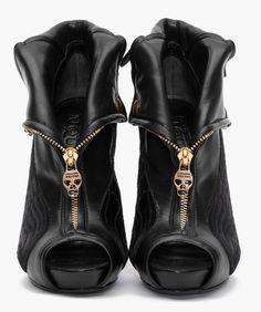 McQueen skull black ankle boots / booties