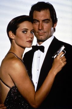 Pam Bovier & James Bond - Carey Lowell & Timothy Dalton - James Bond 007 - Licence to Kill 1989 Dalton James, Timothy Dalton, James Bond Girls, James Bond Movies, Alex Rider, Sean Connery, Roger Moore, Casino Royale, Daniel Craig