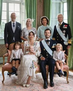 Queen Of Sweden, Princess Sofia Of Sweden, Prince And Princess, Princes Sofia, Prinz Carl Philip, King Pic, Blessed Family, Swedish Royalty, Queen Silvia