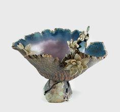 Ceramic Art Pedestal  Flower Bowl  Handmade Pottery par PatsPottery, $198.00