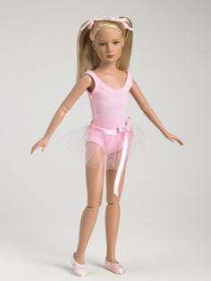 Dance Class Basic - Blonde | Tonner Doll Company