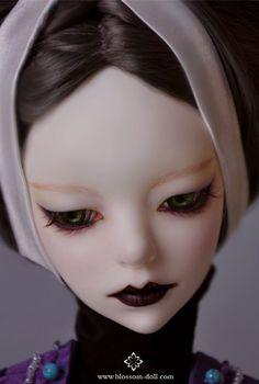 BLOSSOM-Doll BJD Iris
