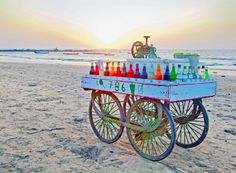 Drink cart Manori Beach in Mumbai, India Mumbai City, In Mumbai, Travel Box, Time Travel, Travel Ideas, Travel Tips, Namaste, Chor, Cool Bars
