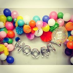 Hooray for FRIDAY!! Getting our creative on at belle hq today! #hooray #itsfriday #friday #instastyle #instagood #instainteriors #brights #garland #balloon #melbourneevents #melbourneballoons #party #partytime #weekend #weliketoparty #pretty #fun #kidsparty #inspire #enjoy #friyay #belleballoons