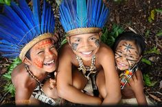 David Lazar photographing the Dessana tribe in Brazil. Visit Brazil!