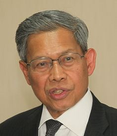 Datuk Seri Mustapa Mohamed , Minister of International Trade and Industry