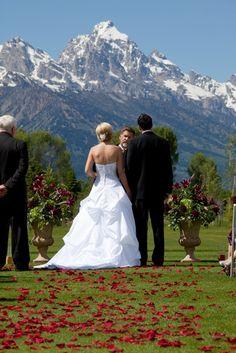Wedding ceremony at Grand Teton Lodging Company in Jackson Hole, Wyoming. #mountainwedding