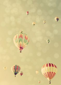 hot air balloons... so pretty!
