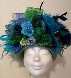 Handmade hat turquoise/green/blue for vastelaovend / carnaval. Order in any colour. Made by BTstyling. http://www.btstyling.nl http://www.facebook.com/beejtheunissen
