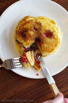 Vanilla Yogurt Pancakes & Raspberries  Gluten free pancakes that are fluffy - uses greek yogurt