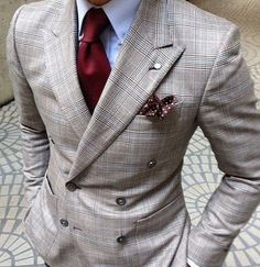Double breasted suit with excellent color shade, pattern and texture play - all on point!