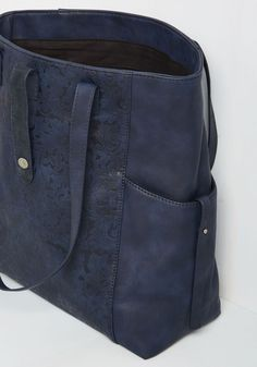 2f1290fe7fab Been to Haul and Back Bag. Under the impression that this navy tote cant  handle
