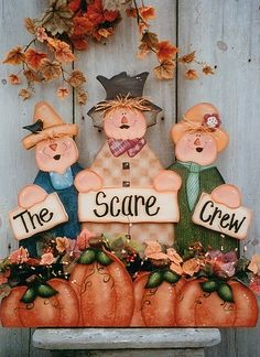 Decorative Woodcraft & Tole Painting Pattern Packets by Heidi Markish Designs Halloween Quilts, Fall Halloween, Halloween Crafts, Halloween Decorations, Wood Decorations, Wood Craft Patterns, Tole Painting Patterns, Fall Paper Crafts, Book Crafts