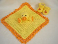 Duckie Blanket and Booties - $49 Grandma-like Etsy baby gifts by @Nancy_Horn on @BabyCenter #newborns #newborngifts #infants #infantgifts