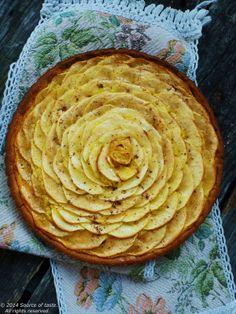 Tarte rustique aux pommes à la crème d'amandes et pâte sablée