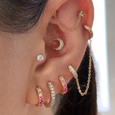 Pretty Ear Piercings, Ear Peircings, Piercings For Girls, Ear Jewelry, Cute Jewelry, Jewlery, Accesorios Casual, Swarovski Crystal Earrings, Stylish Jewelry