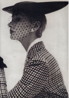 Lily Dache Hat 1950 photo by Irving Penn model Lisa Fonssagrives
