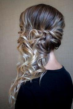 15 Very modern and trendy hairstyles - Frisuren abschlussball - Side Ponytail Hairstyles, Down Hairstyles, Trendy Hairstyles, Wedding Hairstyles, Hairstyles 2016, Updo Side, Side Curls, Homecoming Hairstyles, Ponytail Updo