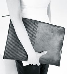 Rick Owens | Vicious Borsa in Pelle medium zipped envelope clutch | Spring 2014