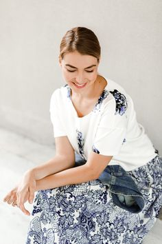 Blue-white dress pattern autumn fashion ootd
