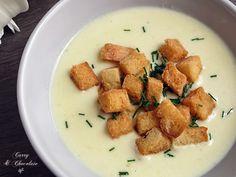 Crema de calabacín con queso curado – Zucchini cream soup with cheese