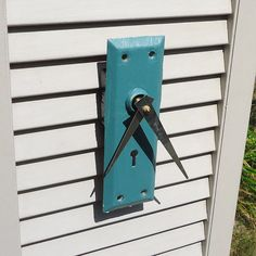 Antique Key Hole Clock by cococlock on Etsy, $30.00