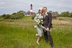 Unsere Leuchtturmhochzeit im Mai 2011auf Pellworm war ein unvergessliches Erlebnis - zumal es für uns beide die 2. Hochzeit war. Mit über 50 Jahren erlebt man so etwas anders als mit 25 und sehr viel intensiver. Wir werden uns daran immer gerne erinnern.