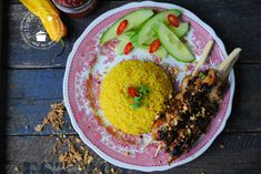 Saté ajam Indonesian Food, Indonesian Recipes, Asian Recipes, Ethnic Recipes, Paleo Diet, No Cook Meals, Acai Bowl, Slow Cooker, Hummus