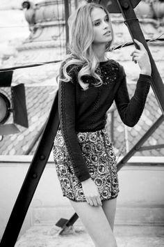 #Fashion #blackandwhite #girl #skirt #black #blonde #autumn