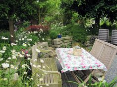 Sommergarten Outdoor Furniture Sets, Outdoor Decor, Home Decor, Summer Garden, Plants, Pictures, Homemade Home Decor, Decoration Home, Interior Decorating
