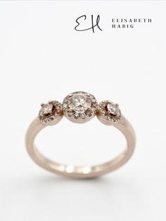 ELISABETH HABIG | INDIVIDUELLE EHERINGE | VERLOBUNGSRINGE | SCHMUCKDESIGN | ZEITGENÖSSISCHER SCHMUCK | WIEN Engagement Rings, Jewelry, Fashion, Princess Cut, Contemporary Jewellery, Jewellery Designs, Champagne, Colors, Enagement Rings