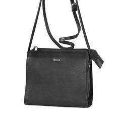 Palermo  Deze schoudertas is gemaakt van zacht leder en heeft een bovenrits. De schouderband is verstelbaar en de tas heeft aan de achterzijde nog een vakje met rits. De binnenzijde heeft een groot vak met een ritsvakje om kleine spullen in op te bergen.  EUR 69.95  Meer informatie  #Bagz4you