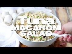 Tuna Macaroni Salad recipe is a classic favorite. Elbow macaroni, canned tuna, onion, peas and a seasoned mayonnaise all combine for a family favorite! Country Cooking, Fun Cooking, Cooking Recipes, Cooking Videos, Pasta Salad Recipes, Seafood Recipes, Dinner Recipes, Fish Dishes, Pasta Dishes