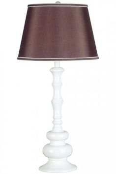I love the base of this lamp.