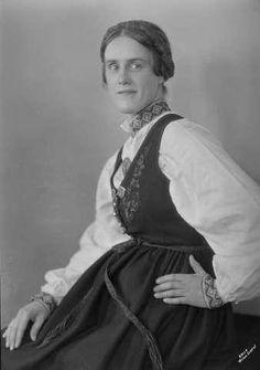 Galleri NOR; Folk Costume, Costumes, Scandinavian, Vest, Dresses, Fashion, Pictures, Gowns, Moda