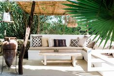 Be inspired by the atmosphere impression of our agroturismo hotel in Ibiza. From orange trees, a relaxed pool and a cozy bar to healty food. Ibiza Hotel, Ibiza Town, Wabi Sabi, Tulum, Outdoor Sofa, Outdoor Furniture, Outdoor Decor, Cozy Bar, Hotels